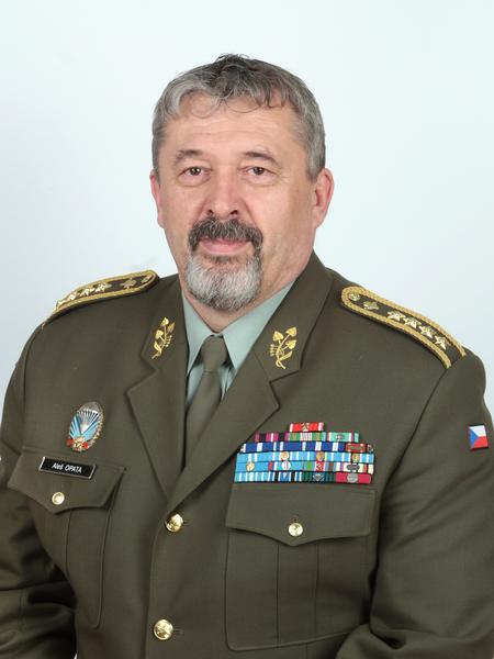 armadni-general-ales-opata_2